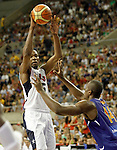 Spain's Serge Ibaka (r) and USA's Kevin Durant during friendly match.July 24,2012. (ALTERPHOTOS/Acero)