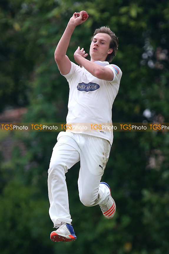 B Gordon in bowling action for Hornchurch during Shenfield CC vs Hornchurch CC, Shepherd Neame Essex League Cricket at Chelmsford Road on 13th May 2017