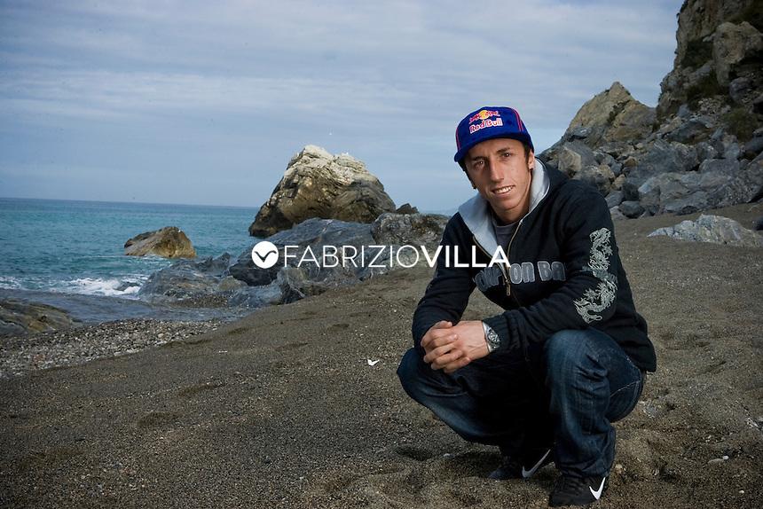 Tony Cairoli, motociclista italiano, pluri campione mondiale di motocross.
