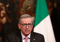 Il presidente della Commissione Europea Jean-Claude Juncker durante la conferenza stampa col presidente del Consiglio a Palazzo Chigi, Roma, 26 febbraio 2016.<br /> European Commission's President Jean-Claude Juncker attends a joint press conference with Italian Premier at Chigi Palace, Rome, 26 February 2016.<br /> UPDATE IMAGES PRESS/Riccardo De Luca