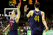 7th January 2018, San Pablo Sports Municipal Palace, Seville, Spain; Endesa League Basketball, Real Betis Energia Plus versus FC Barcelona Lassa; Tomic and Koponen from Barcelona Lassa with high fives