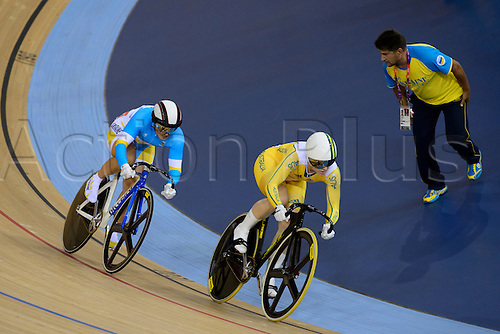 06.08.2012 Stratford, England. Australias Anna Mears (AUS) beats Lyubov Shulika (UKR) in the Quarter Finals of the Womens Sprint during the Track Cycling on Day 10 of the London 2012 Olympic Games at the Olympic Velodrome.