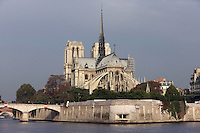 Notre Dame de Paris, 1163 ? 1345, initiated by the bishop Maurice de Sully, Ile de la Cité, Paris, France. Picture by Manuel Cohen