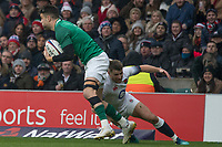 Twickenham, United Kingdom. Richard Wigglesworth tackles, Conor MURRAY,  Natwest 6 Nations : England vs Ireland. at the  RFU Stadium, Twickenham, England, <br />