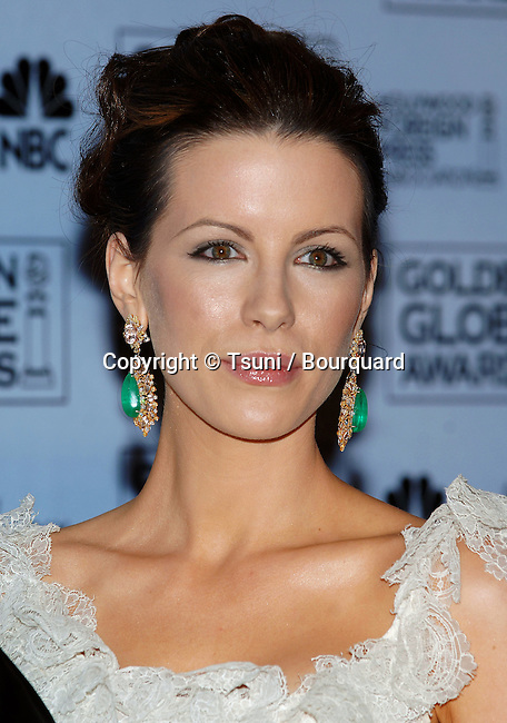 Kate Beckinsale arriving at the Golden Globes Awards at the Beverly Hilton Hotel in Los Angeles. January 16, 2006.