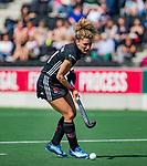 AMSTELVEEN -  Maria Verschoor (A'dam)   tijdens de hoofdklasse competitiewedstrijd hockey dames,  Amsterdam-Oranje Rood (5-2). COPYRIGHT KOEN SUYK