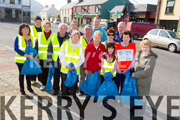 Launching the Glenbeigh Community Council Spring Clean up 2015 on Saturday 28th March, looking for Vol Pictured front l-r Shirley McMahan, Noreen O'Toole, Tony McSweeney, Mary McCarthy, Joan Connors, Lisa McMahan Brenda Clifford, Ann O'Sullivan, Brian Sugrue, Brendan O'Sullivan, Margaret Joy, Gerard O'Sullivan, Pa O'Sullivan, Tim Murphy