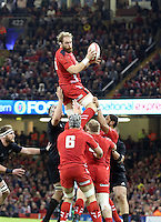 Pictured: Alun Wyn Jones of Wales catches the ball from a line out Saturday 22 November 2014<br />