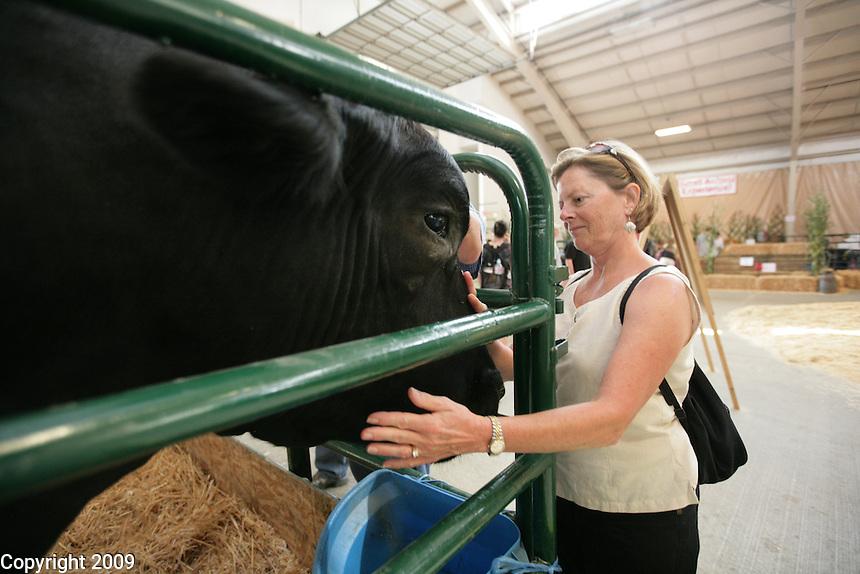 Lisa Kenoyer of Bellingham with BEN. NW Washington Fair. August 19, 2009 PHOTOS BY MERYL SCHENKER
