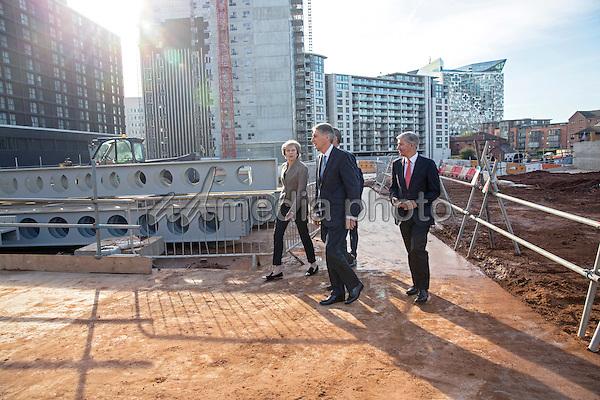 Theresa May and Philip Hammond Visit HSBC New HQ in