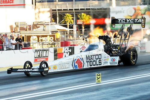 01.04.2016. Las Vegas, Nevada, USA. Antron Brown (1 TF) Don Schumacher Racing (DSR) NHRA Top Fuel Dragster in action during the DENSO Spark Plugs NHRA Nationals at The Strip at Las Vegas Motor Speedway in Las Vegas, NV.