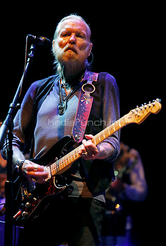 SCRANTON, PENNSYLVANIA - AUGUST 14, 2015: Gregg Allman performs at The Peach Music Festival at Montage Mountain in Scranton, Pennsylvania, on August 14, 2015. Credit: RTNHineline/MediaPunch