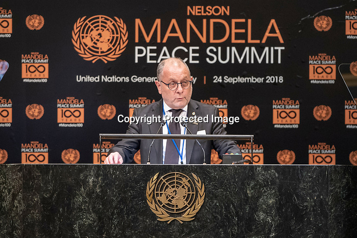Opening Plenary Meeting of the Nelson Mandela Peace Summit<br /> <br /> Argantina