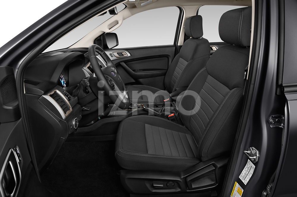 Front seat view of 2019 Ford Ranger XLT 4 Door Pick-up Front Seat  car photos