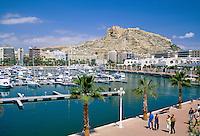 Spain, Costa Blanca, Alicante: Marina and Castillo de Santa Barbara | Spanien, Costa Blanca, Alicante: Yachthafen und die Burg Castillo de Santa Barbara