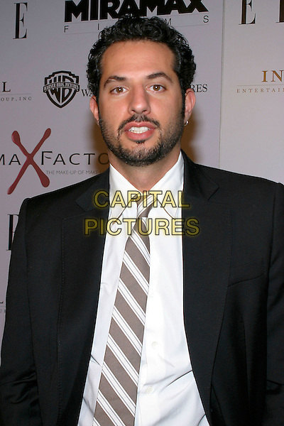 "GUY OSEARY.World Premiere of ""The Aviator"" held at the Graumann Chinese Theatre,  Hollywood, California, .USA,1 December 2004 .half length .Ref: ADM.www.capitalpictures.com.sales@capitalpictures.com.©J.Wong/AdMedia/Capital Pictures ."