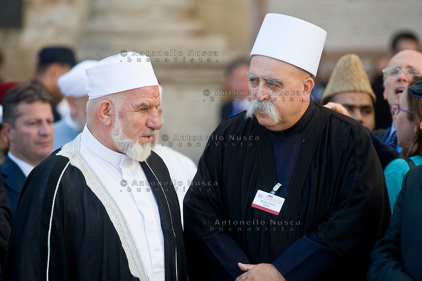 Assisi,Italy, September 20, 2016. Leader di molte religioni nel mondo si sono uniti a Papa Francesco per la giornata di preghiera per la pace ad Assisi. War refugees and leaders and representatives of several religions, including Christians, Jews, Muslims, Hindus and others, joined Pope Francis in a day of prayer for peace in Assisi, the hometown of St. Francis, who preached tolerance and gentleness.