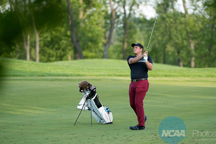 SUGAR GROVE, IL - MAY 29: Mason Overstreet of the University of Arkansas chips during the Division I Men's Golf Individual Championship held at Rich Harvest Farms on May 29, 2017 in Sugar Grove, Illinois. Overstreet placed second with a -7 score. (Photo by Jamie Schwaberow/NCAA Photos via Getty Images)