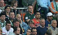 FUSSBALL   1. BUNDESLIGA   SAISON 2011/2012    7. SPIELTAG SV Werder Bremen - Hertha BSC Berlin                   25.09.2011 Trainer Thomas SCHAAF (Mitte, rechts) sitzt auf der Tribuene