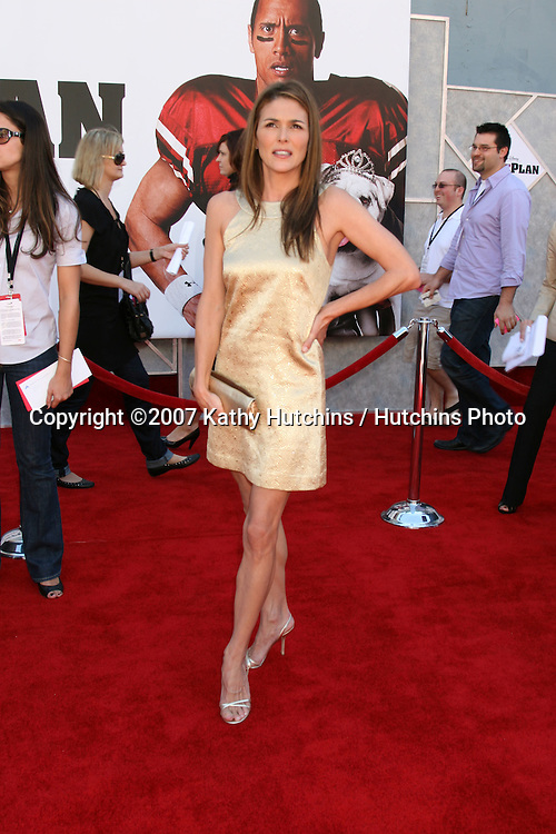"Paige Turco.""The Game Plan"" World Premiere.El Capitan Theater.Los Angeles,  CA.September 23, 2007.©2007 Kathy Hutchins / Hutchins Photo...               ."