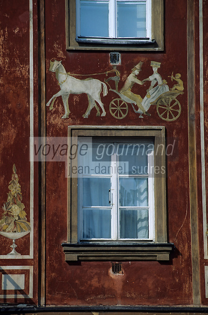 Europe/Pologne/Varsovie: La vieille ville - Détail d'une maison rue Rynek Nowcyo Miasto