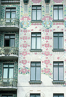 Otto Wagner: Majolica House--detail.