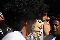 RIO DE JANEIRO,18 DE FEVEREIRO DE 2012- Desfile  do Bloco Cord&atilde;o  do Bola  Preta , pelas  rua  do centro do RJ.<br /> Foto: Guto Maia / Brazil Photo Press