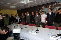 Drivers, Presidente de la Generalitat and Valmor members. Private meeting for show the caracteristics of the Valencia Street Circuit to Drivers and Teams - Ceste - Valencia - Comunidad Valenciana - Spain - Europe / 23/1/2008