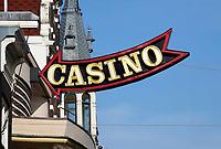 Nederland -  Amsterdam -  2018.  Het Casino op het Damrak.  Foto Berlinda van Dam / Hollandse Hoogte