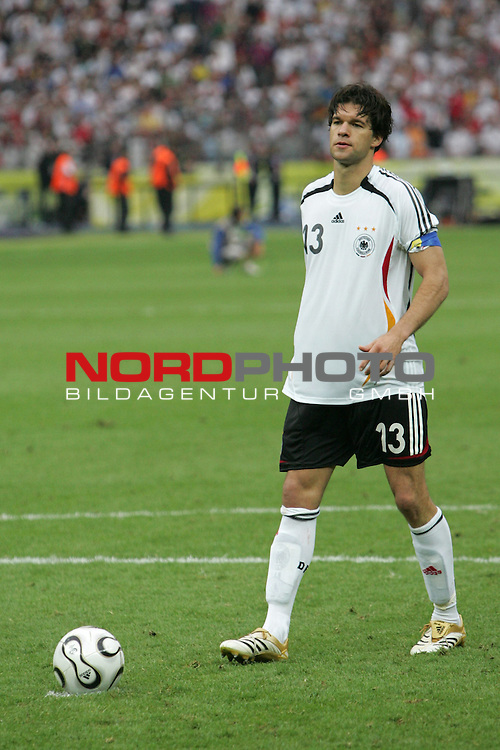 FIFA WM 2006 - Quarter-finals / Viertelfinale<br /> Play #57 (30-Jun) - Germany vs Argentina.<br /> Michael Ballack from Germany prior to the penalty kick with the ball during the match of the World Cup in Berlin.<br /> Foto &copy; nordphoto