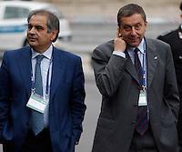 AGENZIA EUROPEA DELLO SPAZIO.CONSIGLIO A LIVELLO MINISTERIALE .NELLA FOTO ENRICO SAGGESE   FRANCESCO PROFUMO .EUROPEAN SPACE AGENCY  COUNCIL MEETING AT MINISTERIAL LEVEL.