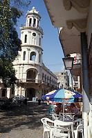 An outdoor restaurant on Parque Colon in old Santo Domingo, Dominican Republic.