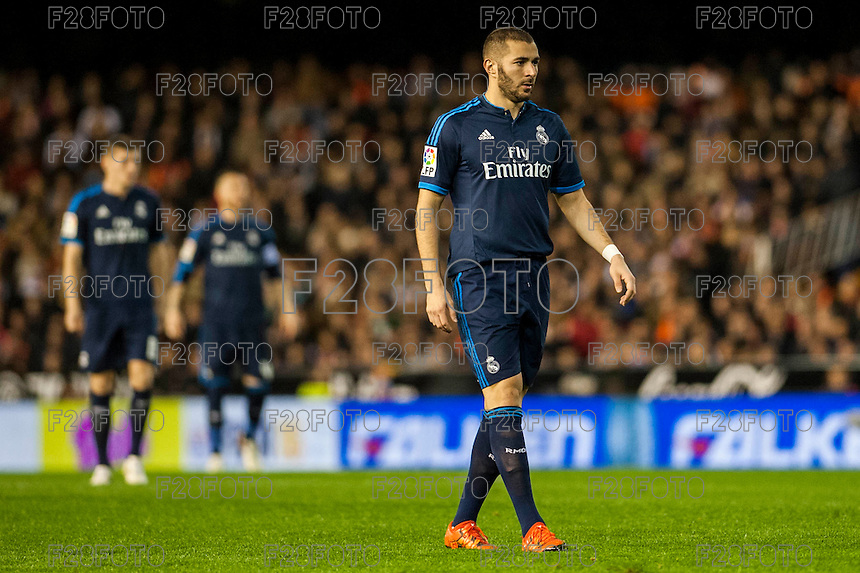 VALENCIA, SPAIN - JANUARY 3: Benzema during BBVA LEAGUE match between Valencia C.F. and Real Madrid at Mestalla Stadium on January 3, 2015 in Valencia, Spain