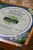 Amérique/Amérique du Nord/Canada/Québec/Montréal:  Tourtière de canard des Fougères,dans la boutique: Le Marché des Saveurs du Québec en face du Marché Jean Talon