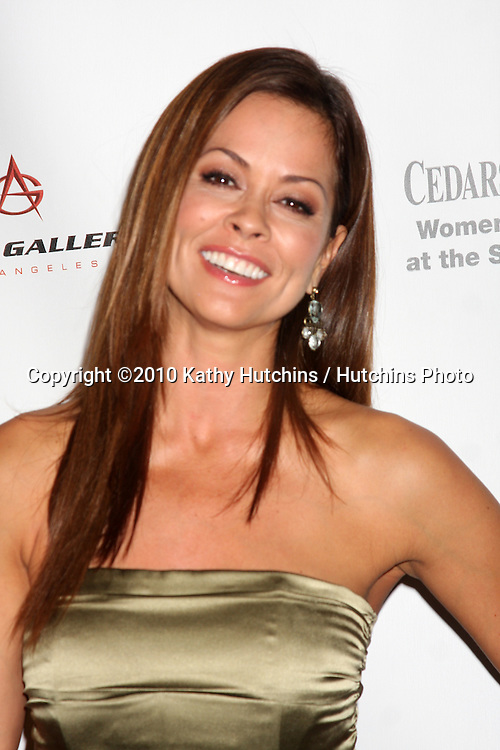 LOS ANGELES - SEP 25:  Brooke Burke arrives at the Pink Party 2010 at W Hollywood Hotel on September 25, 2010 in Los Angeles, CA