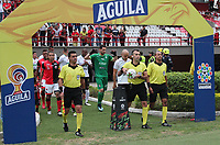 CÚCUTA- COLOMBIA, 03-08-2019:Carlos Betancur Gutiérrez referee central.Acción de juego entre los equipos Cúcuta Deportivo  y el Once Caldas  durante partido por la fecha 4 de la Liga Águila II  2019 jugado en el estadio General Santander de la ciudad de Cúcuta . / Central referee Carloa Betancur .Action game between  Cucuta Deportivo and Once Caldas  during the match for the date 4 of the Liga Aguila II 2019 played at the General Santander  stadium in Cucuta  city. Photo: VizzorImage / Manuel Hernández  / Contribuidor