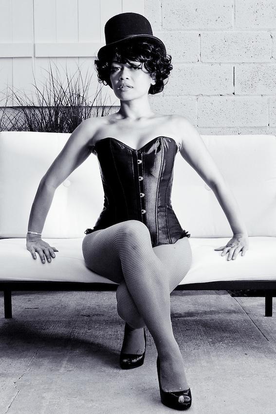 "Burlesque Dancer ""Dame Cuchifrita"""