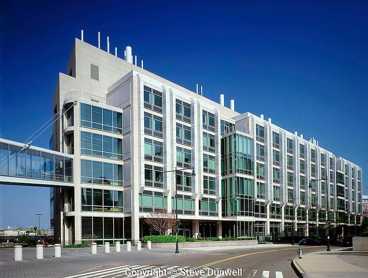 Molecular Biology lab, MIT, Cambridge, MA (Goody Clancy =  architect)