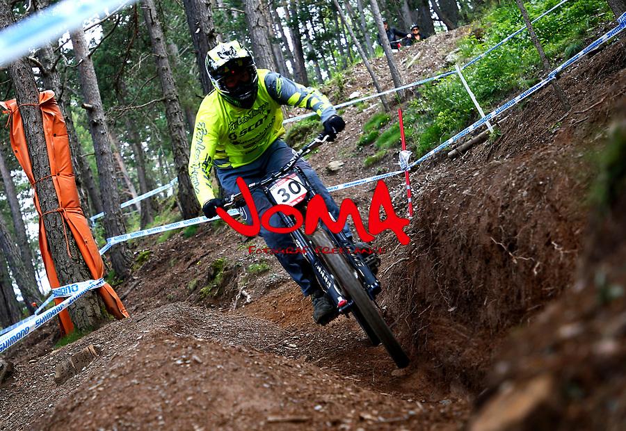 Brendan Fairclough (GBR)Downhill training sesion, UCI, Moutain Bike World Cup , Vallnord Andorra. 12/07/2018