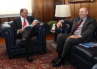 SAO PAULO, 06 DE AGOSTO DE 2012. MINISTRO GUIDO MANTEGA EM SP. O ministro da Fazenda, Guido Mantega, durante visita ao governador Geraldo Alckmin no Palacio dos bandeirantes em São Paulo. FOTO: ADRIANA SPACA - BRAZIL PHOTO PRESS