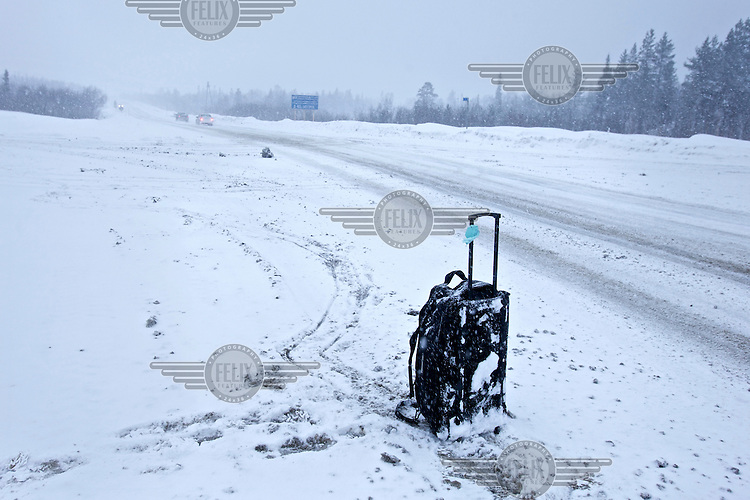 A hitch-hiker's bag beside the road in the Russian Arctic. /Felix Features