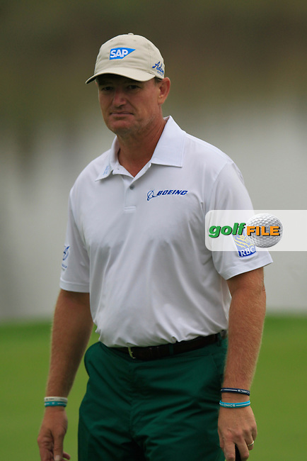 Ernie Els (RSA) on the 9th green during Saturay's Round 3 of the 2014 BMW Masters held at Lake Malaren, Shanghai, China. 1st November 2014.<br /> Picture: Eoin Clarke www.golffile.ie