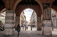 Monza. L'Arengario, l'antico palazzo comunale ---- Monza. The Arengario, the historic town hall