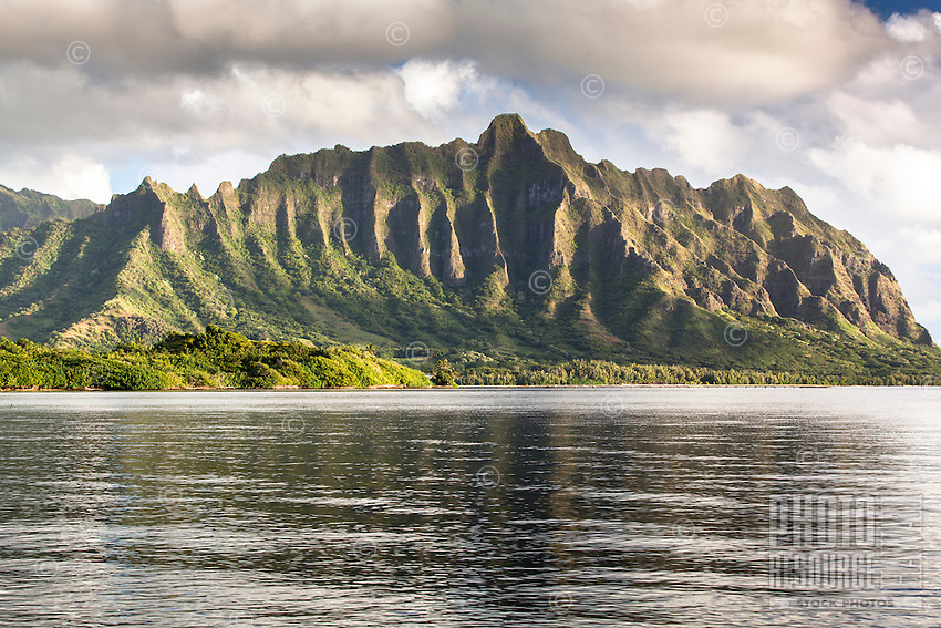 The Ko'olau Mountain Range along Kane'ohe Bay, Waiahole Beach Park, O'ahu.