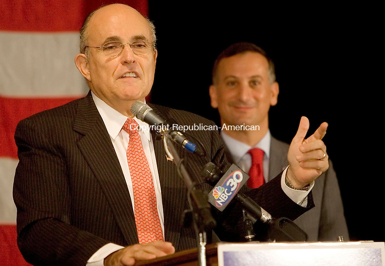 WATERBURY, CT- 01 OCTOBER 2008 --100108JS02--Former New York City Mayor Rudy Giuliani was the keynote speaker at a fundraiser for Sen. David Cappiello, R-Danbury, right, a candidate for the Congressional 5th District, Wednesday at the Ponte Club in Waterbury. Cappiello is running against Democratic Congressman Chris Murphy.<br /> Jim Shannon / Republican-American
