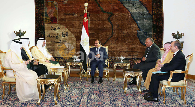 Egyptian President Abdel Fattah el-sisi meets with Saudi Foreign Minister Adel al-Jubeir, in Cairo on October 25, 20215. Photo by Egyptian President Office
