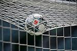 Ball auf dem Tornetz<br /><br />Sport: Fussball: 1. Bundesliga: Saison 19/20: 34.Spieltag, <br />VFL WOLFSBURG - FC BAYERN MUENCHEN <br />am 27.06.2020 in der Volkswagen Arena Wolfsburg, <br /><br />Nur fuer journalistische Zwecke! <br />Only for editorial use!<br />Gemaess den Vorgaben der DFL Deutsche Fussball Liga ist es untersagt, in dem Stadion und/oder vom Spiel angefertigte Fotoaufnahmen in Form von Sequenzbildern und/oder videoaehnlichen Fotostrecken zu verwerten bzw. verwerten zu lassen. <br />DFL regulations prohibit any use of photographs as image sequences and/or quasi-video.<br />National and International News Agencies OUT<br />NO RESALE!