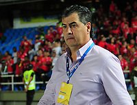 CALI -COLOMBIA-01-11-2017: Jorge Da Silva técnico de América Cali gesticula durante partido con Independiente Medellin por la fecha 18 de la Liga Águila II 2017  jugado en el estadio Pascual Guerrero de la ciudad de Cali. / Jorge Da Silva coach of America de Cali gestures during match against Independiente Medellin for the date 18 of the Aguila League II 2017 played at Pascual Guerrero stadium in Cali. Photo: VizzorImage / Nelson Rios / Cont