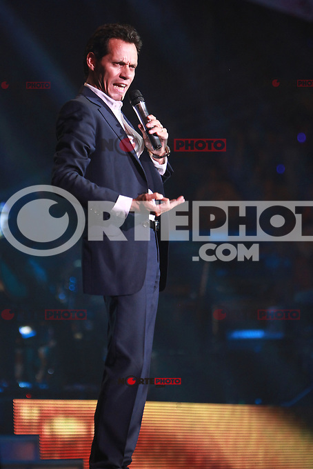 MIAMI, FL - AUGUST 3, 2012: Marc Anthony during the Gigant3s concert featuring, Marc Anthony, Chayanne and Marco Anotonio Solis at the American Airlines Arena in Miam, Florida. August 3, 2012. &copy;&nbsp;Majo Grossi/MediaPunch Inc. /NortePhoto.com<br /> <br />  **CREDITO*OBLIGATORIO** *No*Venta*A*Terceros*<br /> *No*Sale*So*third* ***No*Se*Permite*Hacer Archivo***No*Sale*So*third*