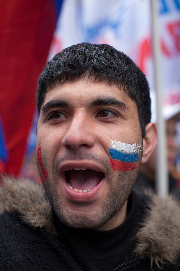 Moscow, Russia, 01/05/2010..Trade Unions and supporters of the pro Kremlin United Russia party demonstrate in central Moscow. A variety of political groups took to the streets on the traditional Russian Mayday holiday.